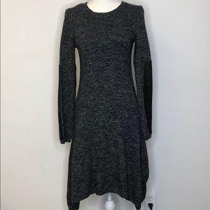 BCBGMAXAZRIA Sweater Dress Size Small Long Sleeve